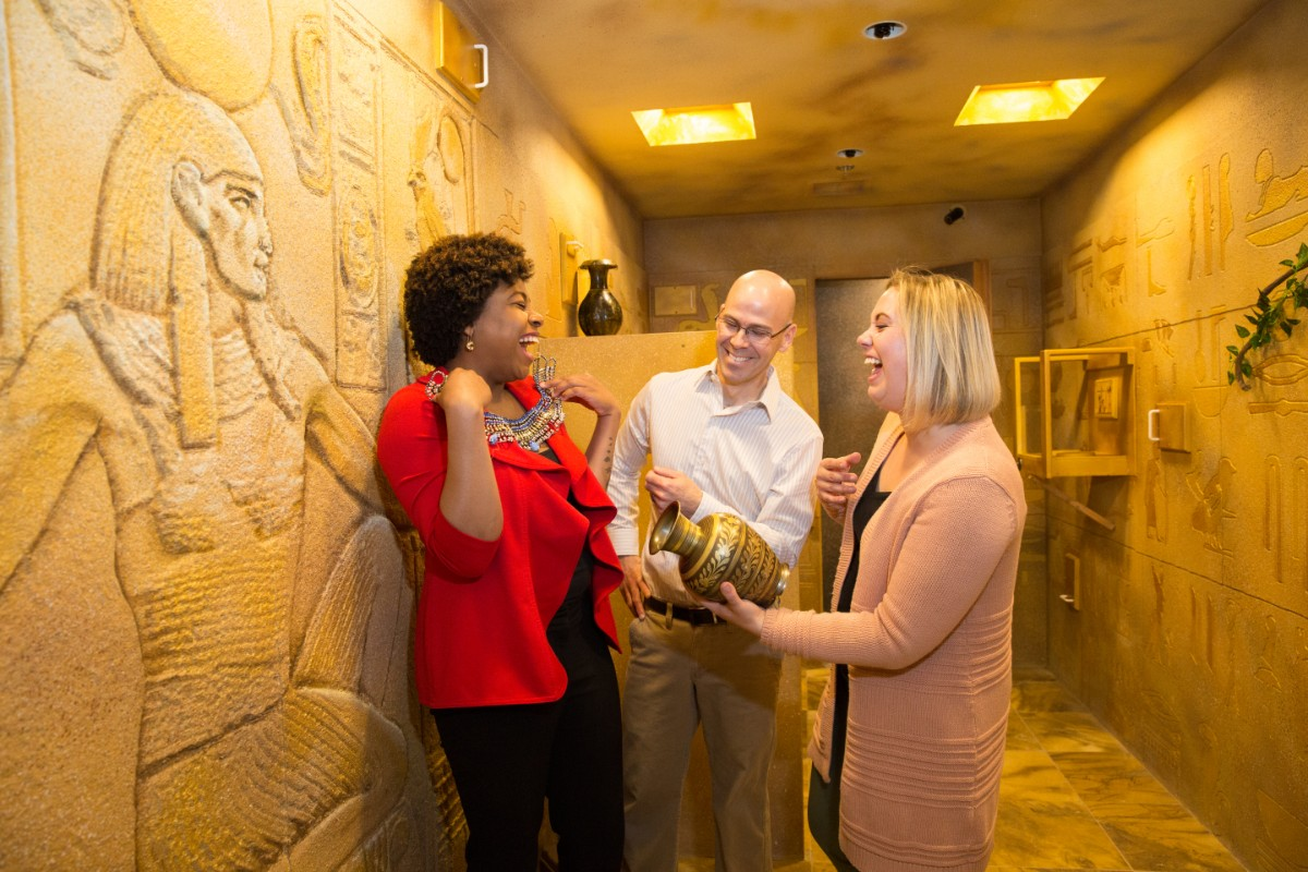 Visitors of Escape Room Mystery - The Egyptian Tomb room